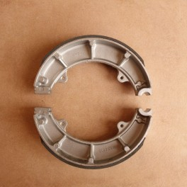 Brake shoes front and rear wheel NSU Max